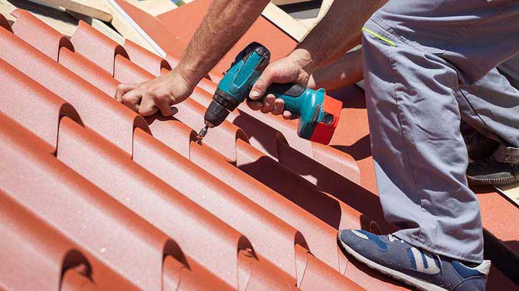 How to Select a Metal Roofing for Your Building?